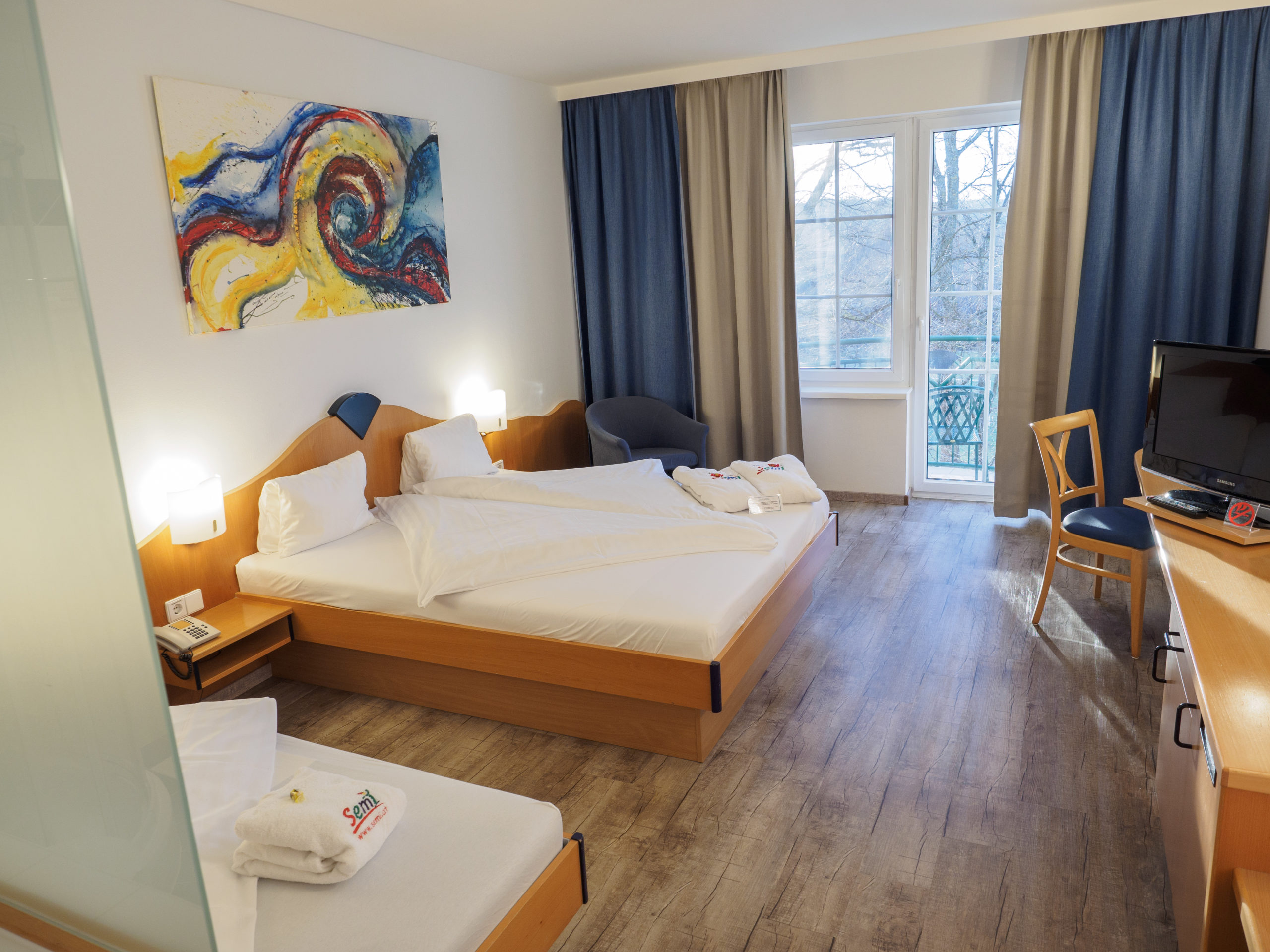 Doppelzimmer inklusive Balkon im Hotel Xylophon in Lutzmannsburg