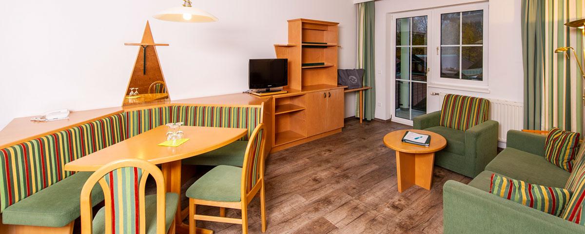 Wohnzimmer im Apartment des Hotel Xylophon in Lutzmannsburg