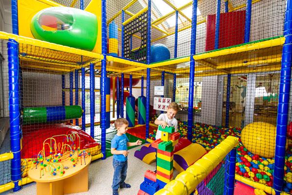 Hotel Xylophon Kinder Indoor Spielplatz bei der Sonnentherme Lutzmannsburg